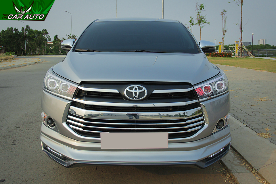 Body kit xe Innova