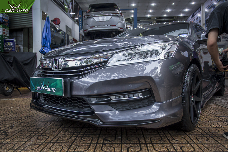 Độ Body kit Honda Accord